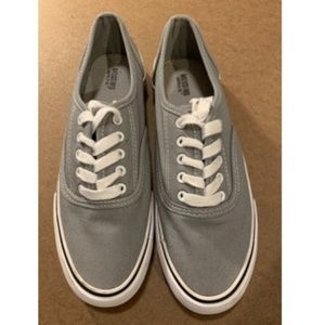 Mossimo Supply Co. Gray Canvas Sneakers - sz 9